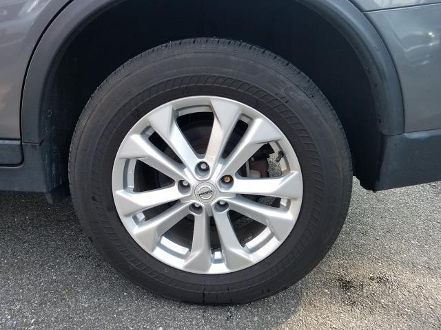 2016 Nissan Rogue AWD 4dr SV 10