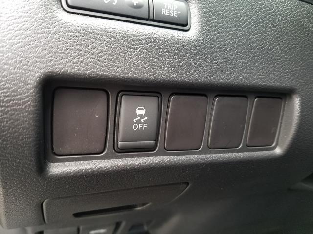 2016 Nissan Murano S 14
