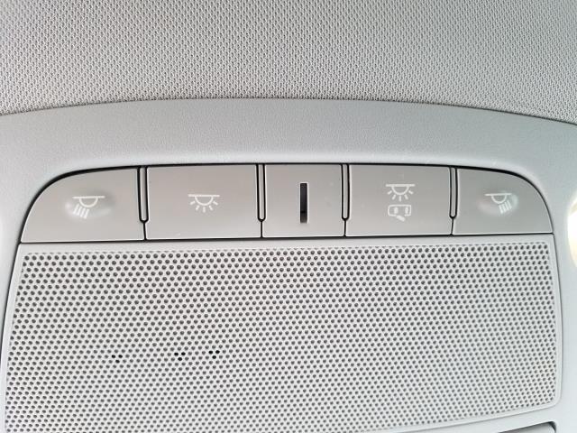 2016 Nissan Murano S 23