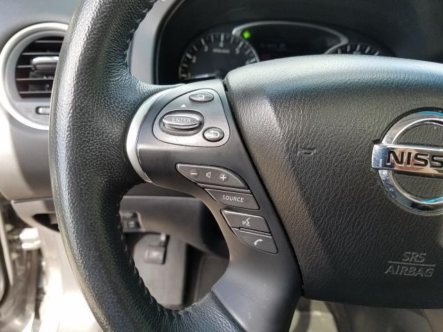 2016 Nissan Pathfinder 4WD 4dr SL 17