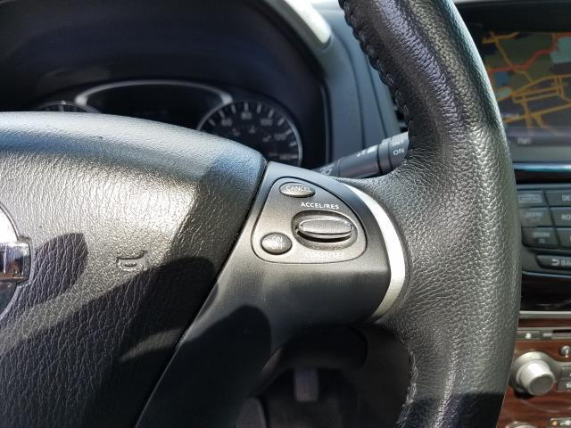 2016 Nissan Pathfinder 4WD 4dr SL 18