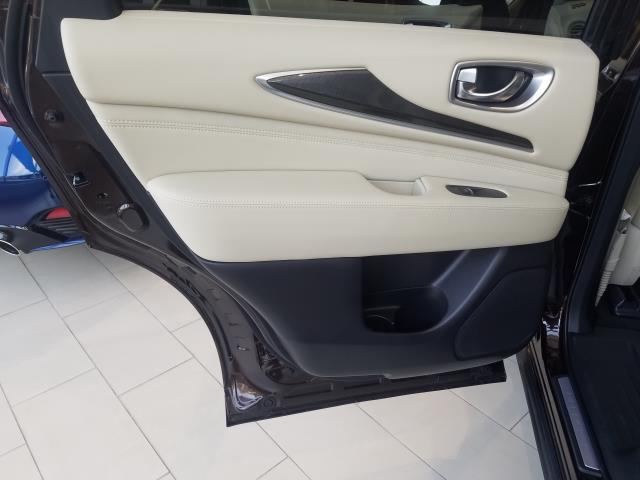 2019 INFINITI QX60 PURE AWD 7