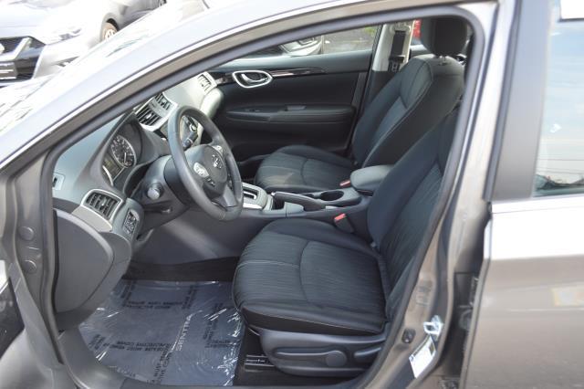 2016 Nissan Sentra 4dr Sdn I4 CVT SV 8