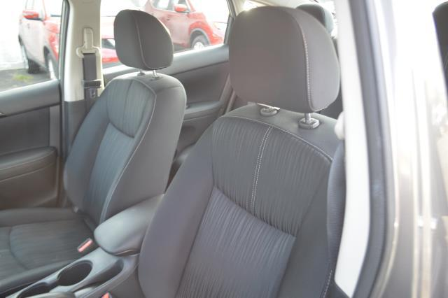 2016 Nissan Sentra 4dr Sdn I4 CVT SV 10