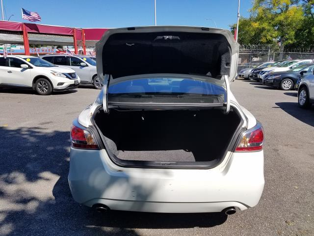 2015 Nissan Altima 4dr Sdn I4 2.5 S 5