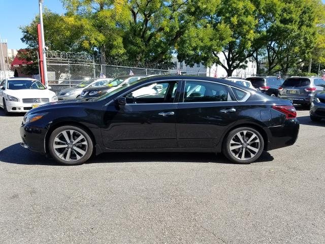 2017 Nissan Altima 2.5 SR Sedan 4