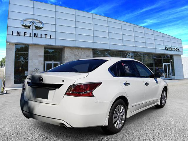 2015 Nissan Altima 2.5 S 3