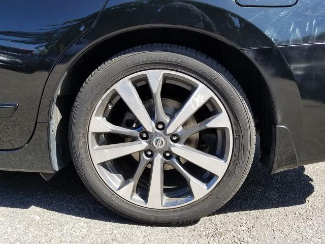 2017 Nissan Altima 2.5 SR 12