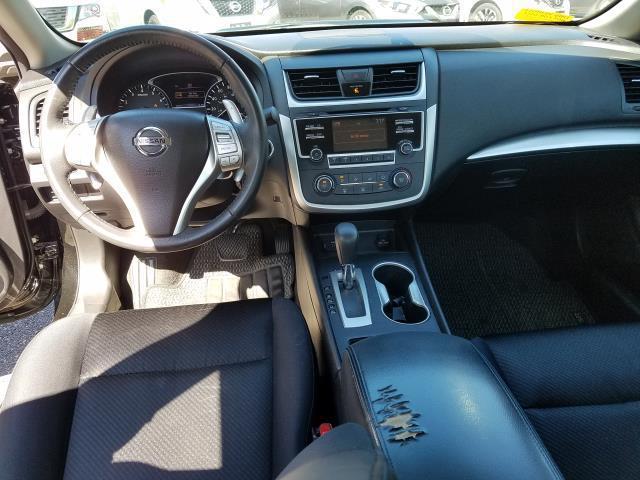 2017 Nissan Altima 2.5 SR 15