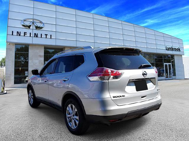 2015 Nissan Rogue SV 2