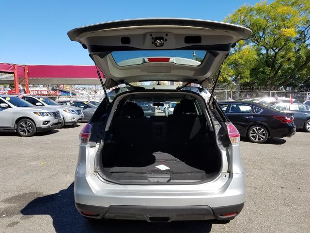 2015 Nissan Rogue SV 5