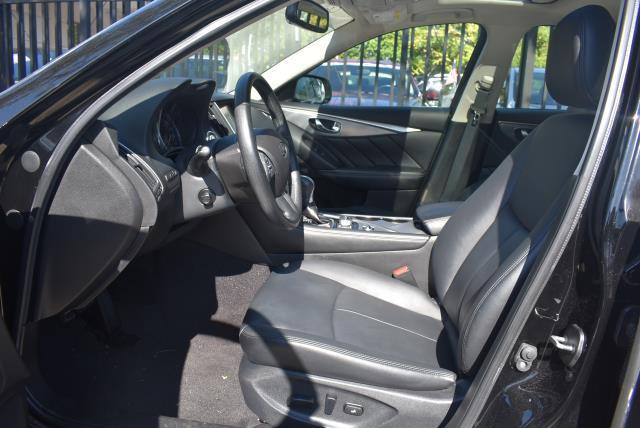 2016 INFINITI Q50 4dr Sdn 2.0t Premium AWD 10