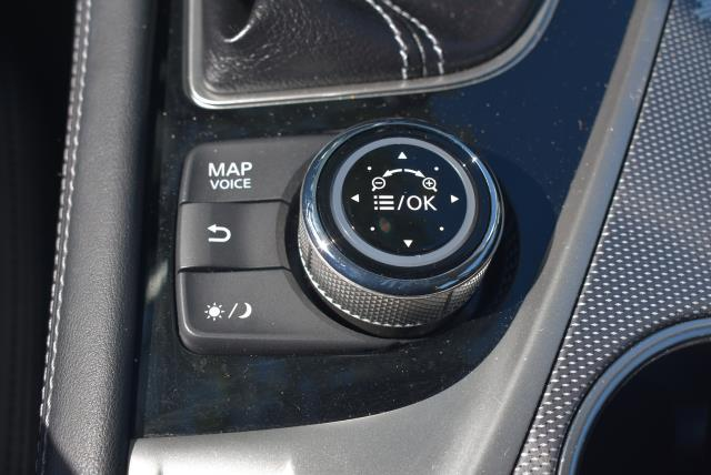 2016 INFINITI Q50 4dr Sdn 2.0t Premium AWD 24