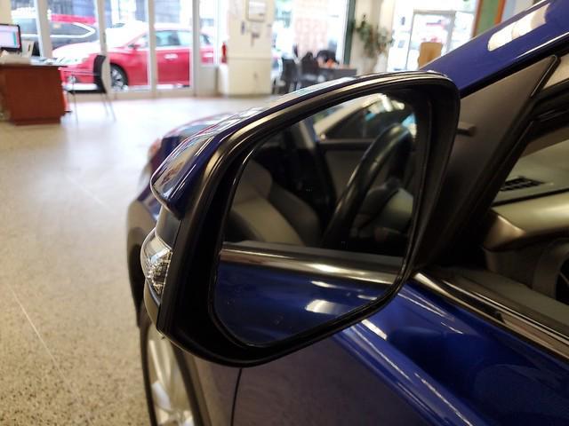 2015 Toyota Rav4 Limited 11