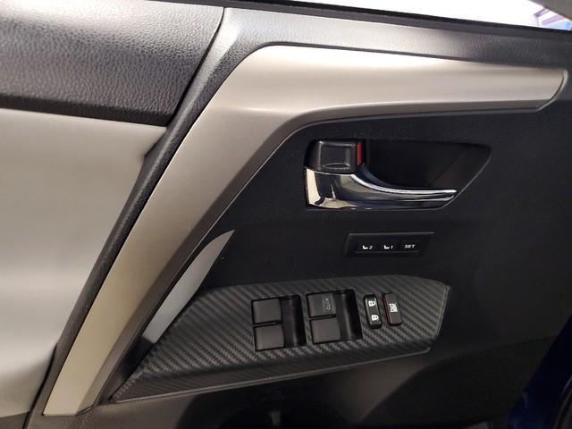 2015 Toyota Rav4 Limited 17