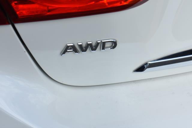 2017 INFINITI Q50 3.0t Premium AWD 8