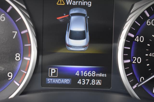 2017 INFINITI Q50 3.0t Premium AWD 32