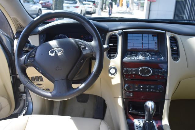 2016 INFINITI QX50 AWD 4dr 12