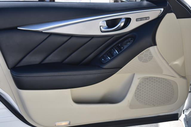 2016 INFINITI Q50 4dr Sdn 3.0t Premium AWD 13