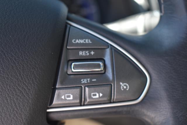 2016 INFINITI Q50 4dr Sdn 3.0t Premium AWD 26