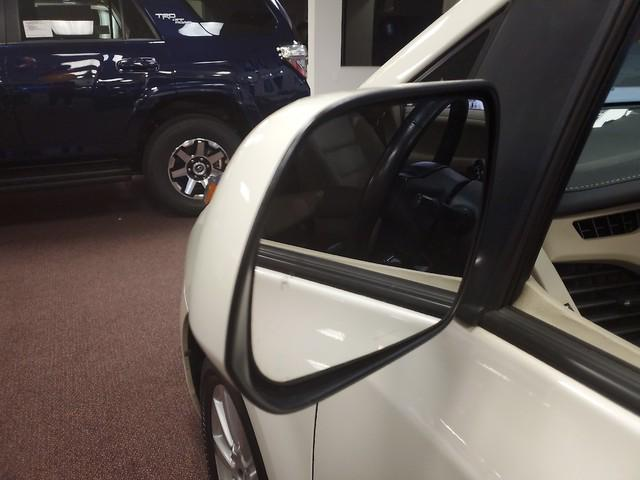 2017 Toyota Sienna XLE Premium 10