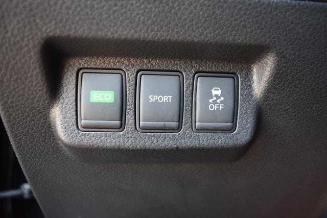2016 Nissan Sentra 4dr Sdn I4 CVT S 25
