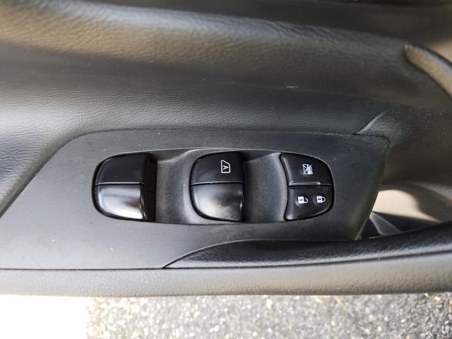2015 Nissan Altima 2.5 S 15