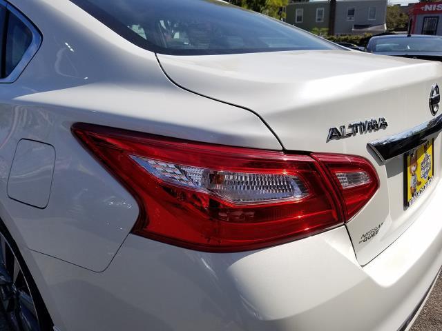 2016 Nissan Altima 4dr Sdn I4 2.5 SV 10