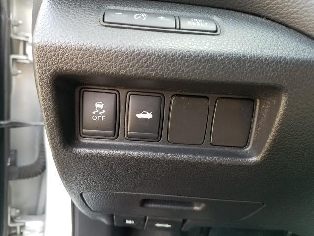 2015 Nissan Altima 4dr Sdn I4 2.5 S 17