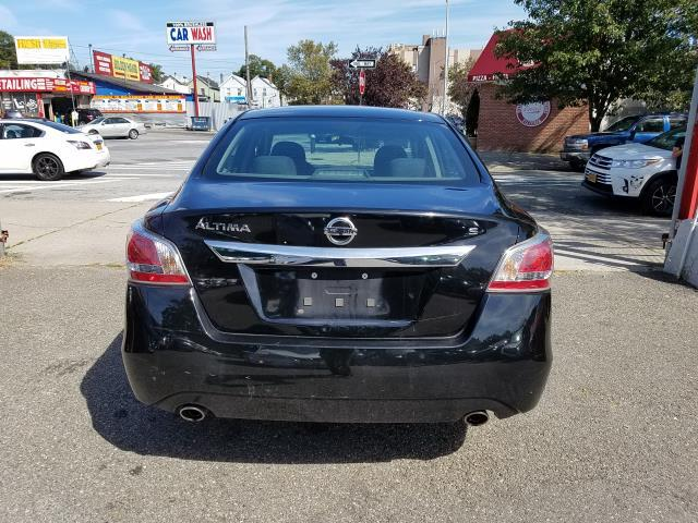 2015 Nissan Altima 4dr Sdn I4 2.5 S 5