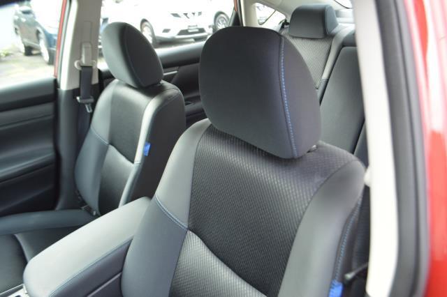 2017 Nissan Altima 2.5 SR Sedan 10