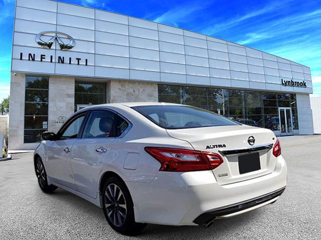 2016 Nissan Altima 2.5 SV 2