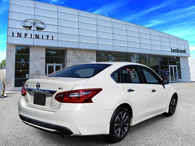 2016 Nissan Altima 2.5 SV 3