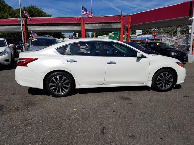 2016 Nissan Altima 2.5 SV 4
