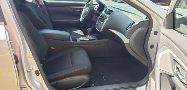 2017 Nissan Altima 2.5 S Sedan 28
