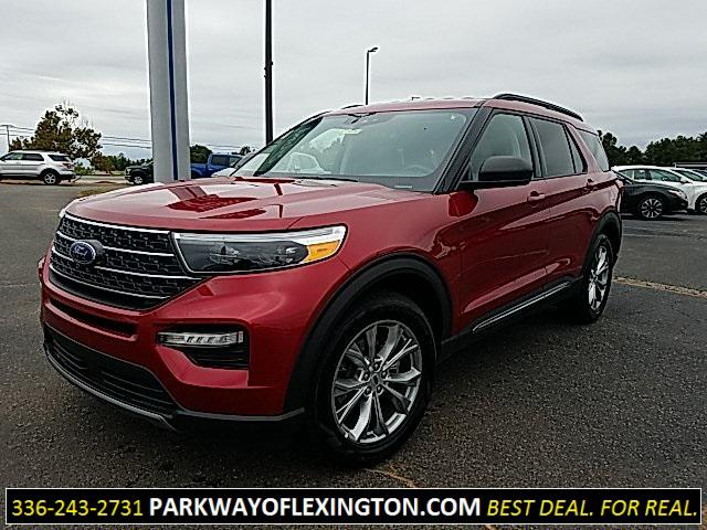 Rapid Red Metallic Tinted Clearcoat 2020 Ford Explorer XLT 4D Sport Utility Lexington NC