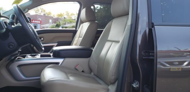 2016 Nissan Titan Xd 4WD Crew Cab SL Diesel 11