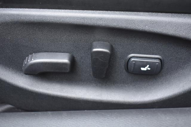 2015 INFINITI Q50 4dr Sdn Premium AWD 19