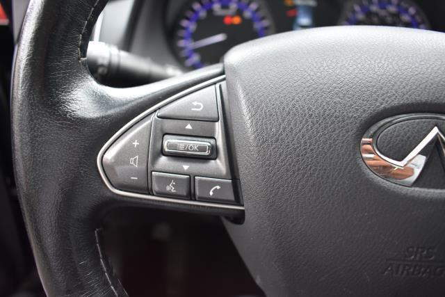 2015 INFINITI Q50 4dr Sdn Premium AWD 27