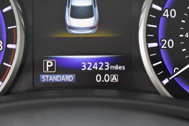2015 INFINITI Q50 4dr Sdn Premium AWD 28