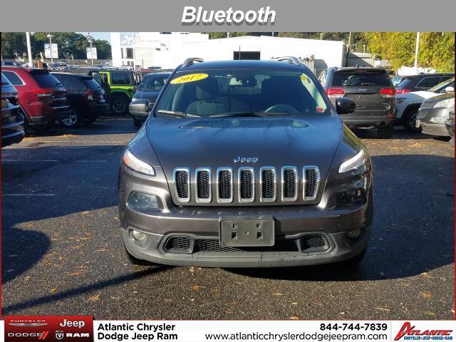 2017 Jeep Cherokee LATITUDE SUV Huntington NY