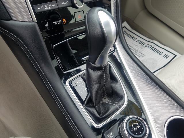 2015 INFINITI Q50 4dr Sdn Premium AWD 25