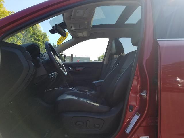 2017 Nissan Rogue AWD SL 11