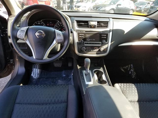 2016 Nissan Altima 4dr Sdn I4 2.5 SV 12