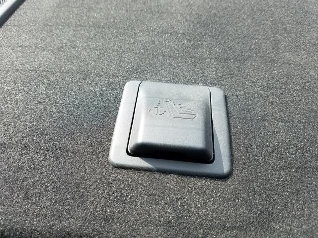 2017 Nissan Sentra SR 15