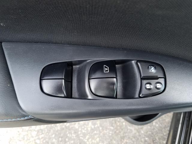 2017 Nissan Sentra SR 17
