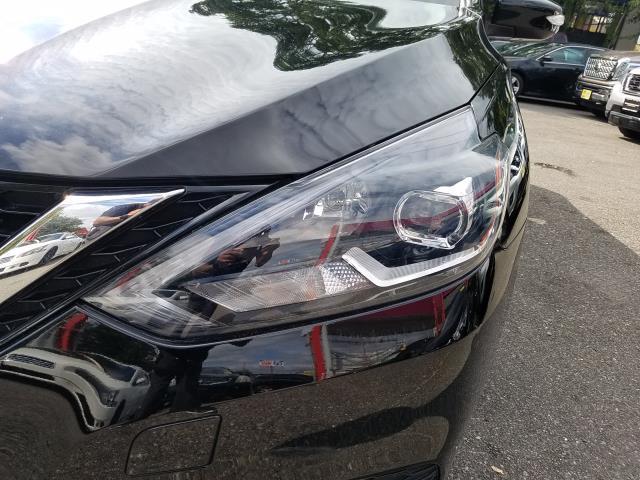 2017 Nissan Sentra SR CVT 8