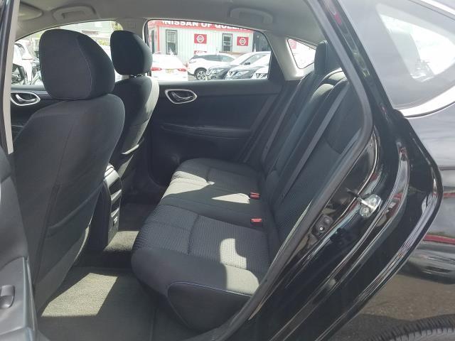 2017 Nissan Sentra SR CVT 13