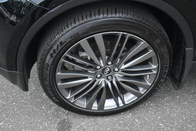 2017 INFINITI QX70 AWD 5