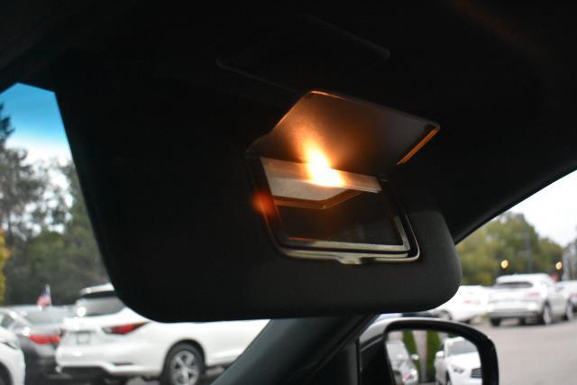 2017 INFINITI QX70 AWD 32